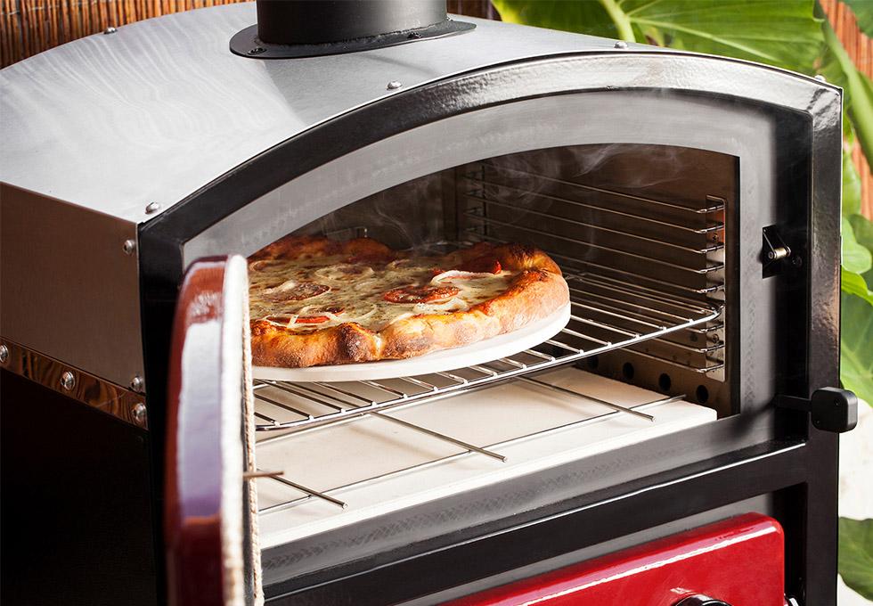 Garden pizza oven