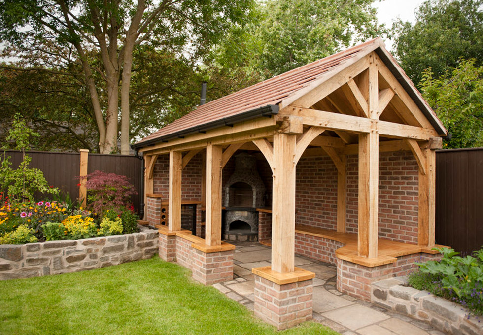 Outdoor kitchen, in a oak framed building