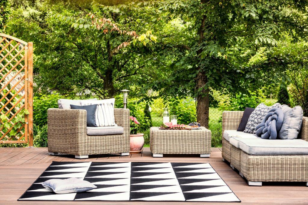 waterproof rug in garden